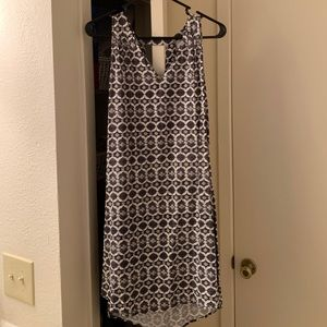 Old navy size large black and white dress